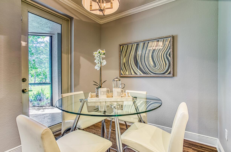 Broadmoor Dining Area
