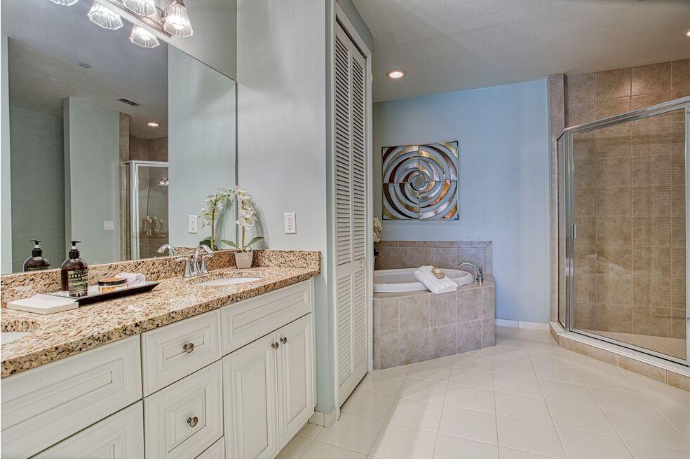 Broadmoor Master Bathroom