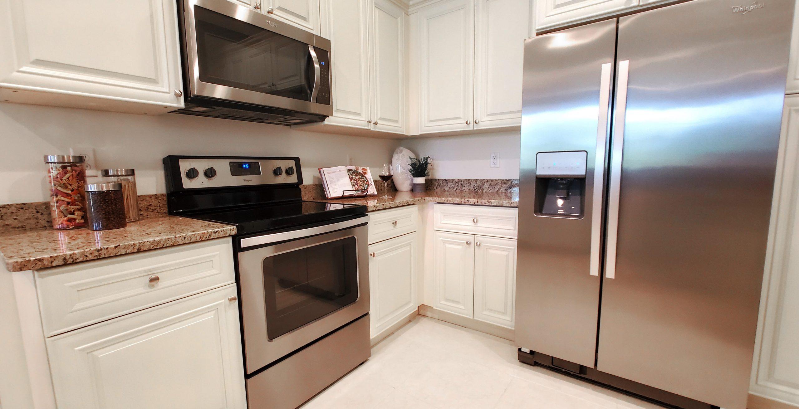 Broadmoor Kitchen - corner dishwasher